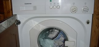 ariston-built-in-washing-machine